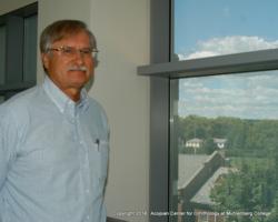 Klem-Photo-3-Klem&Fritted-Dot-Bird-Safe-Window-Muhl-Coll-Campus-24-VIII-2014-DSC_0044-002