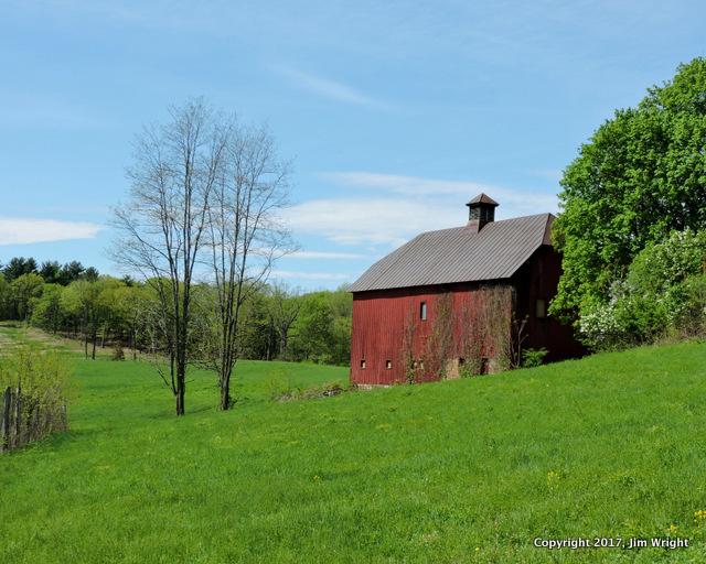 Olana barn and field-001